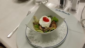 Salade de cailles aux pleurotes aromatisées au vinaigre de framboise1-min